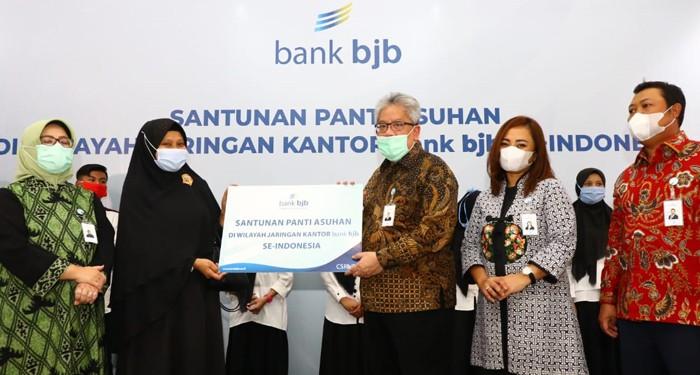 Tandamata di Tengah Pandemi, bank bjb Salurkan Bantuan Kemanusiaan ke Panti Yatim